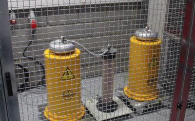 Dostawa aparatury do  stanowiska laboratoryjnego do badania wytrzymałości elektrycznej dielektryków napięciem przemiennym o wartości do 40 kV